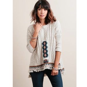 CHASER Fringe Cable Knit Sweater in Campfire
